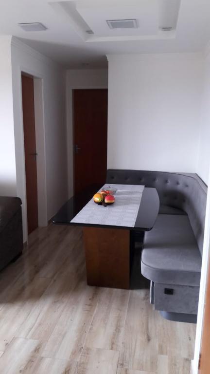 Comprar - Apartamento - Parque Continental - 2 dormitórios.