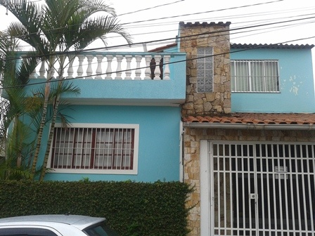 Comprar - Sobrado - Vila Nivi - 2 dormitórios.
