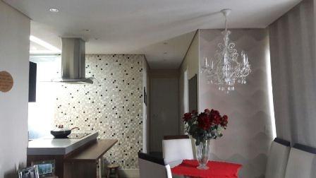 Comprar - Apartamento - Vila Augusta - 3 dormitórios.