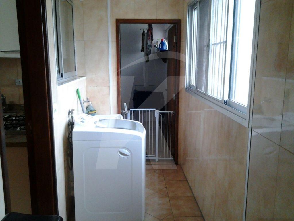 Comprar - Apartamento - Centro - 3 dormitórios.