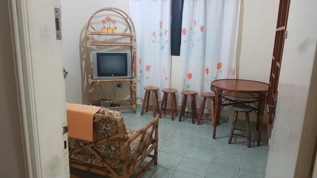 Comprar - Apartamento - Cidade Ocian - 1 dormitórios.