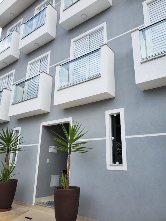 Comprar - Apartamento - Vila Leonor - 2 dormitórios.