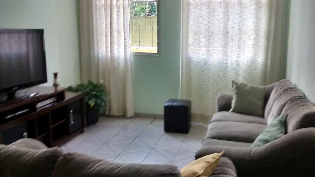 Comprar - Apartamento - Vila Milton - 3 dormitórios.