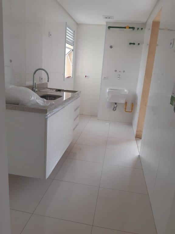 Comprar - Apartamento - Vila Ede - 2 dormitórios.