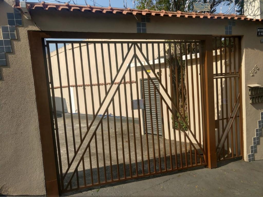 Comprar - Condomínio - Vila Mazzei - 2 dormitórios.