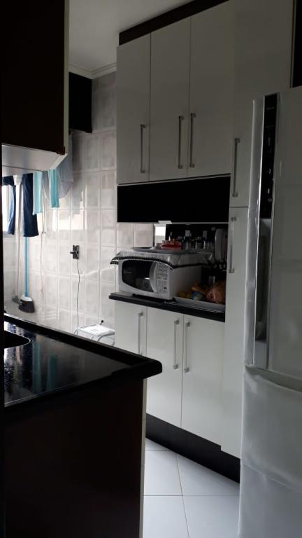 Comprar - Apartamento - Macedo - 2 dormitórios.