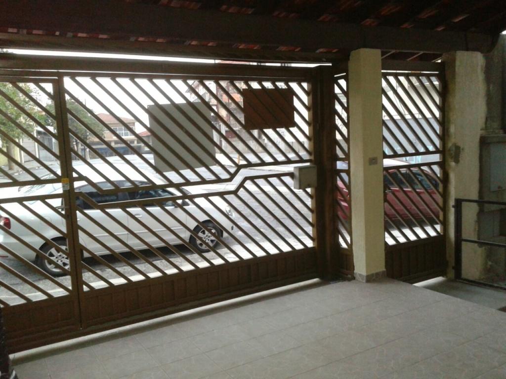 Comprar - Sobrado - Parque Casa de Pedra - 3 dormitórios.