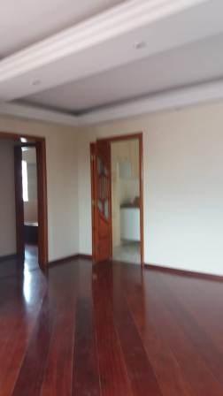Comprar - Apartamento - Jardim Santa Mena - 2 dormitórios.