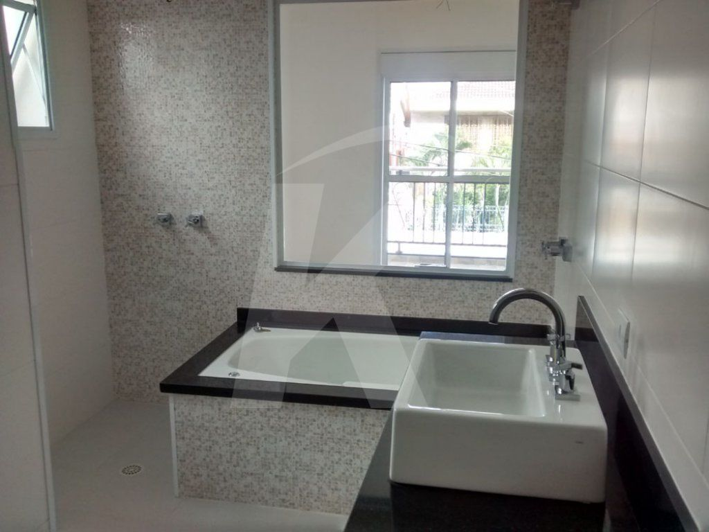 Sobrado Tremembé - 3 Dormitório(s) - São Paulo - SP - REF. KA971