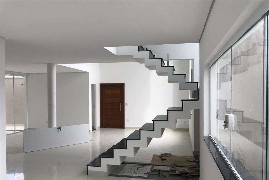 Comprar - Casa  - Jardim Virginia Bianca - 3 dormitórios.
