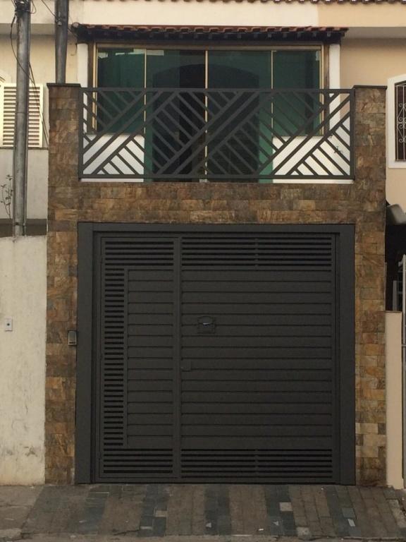 Comprar - Sobrado - Vila Mazzei - 2 dormitórios.