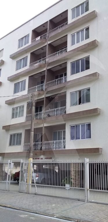 Comprar - Apartamento - Cidade Ocian - 2 dormitórios.