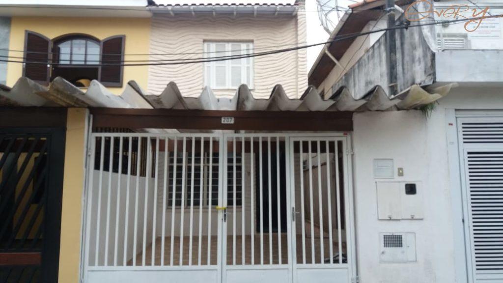 Casa Padrão para Locação - Jardim Santo Amaro