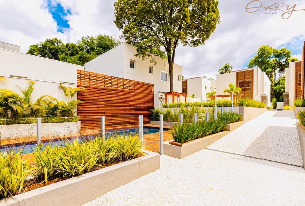 Casa De Condomínio para Locação - Granja Julieta