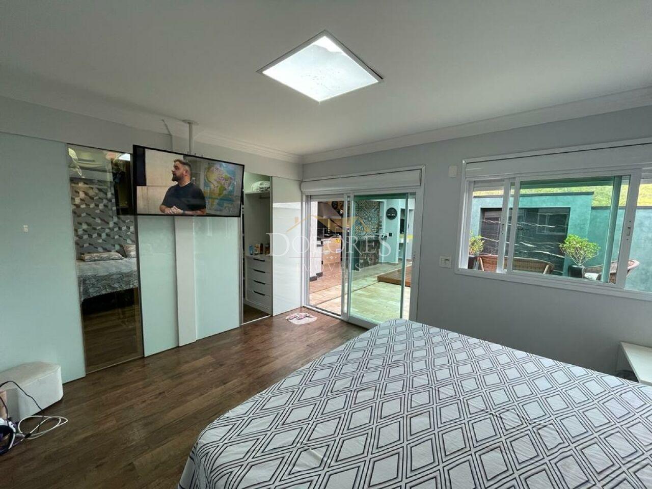 Casa Assobradada para Venda - Arua