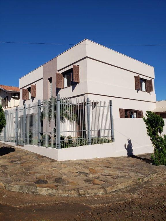 Casa Assobradada para Venda - Centro
