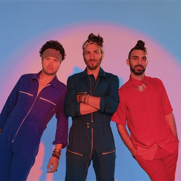Feb 26, 2020 Paste Studio NYC New York, NY by Magic Giant