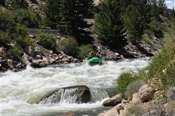 Wilderness Aware : Colorado White Water Rafting