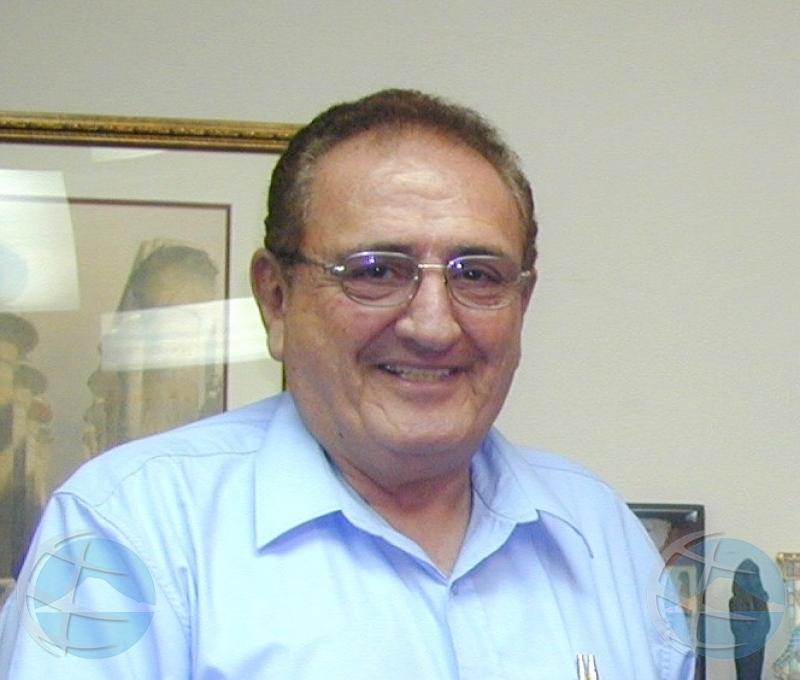 Bekend journalist en eigenaar Diario, Jossy Mansur overleden