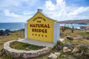 Natural Bridge ta celebra su prome aña desde su renobacion