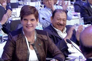 Nicole Hoevertsz ta haci historia cu entrada den directiva ehecutivo IOC