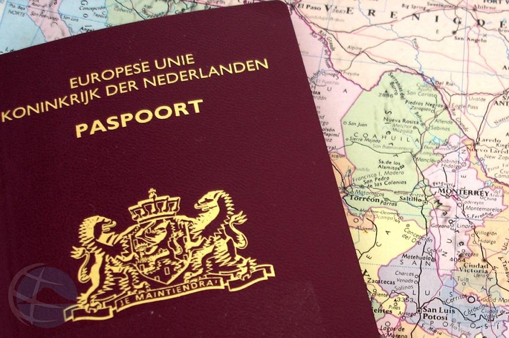 Plasterk: Aruba no mag desvia di proceso pa haya paspoort Hulandes