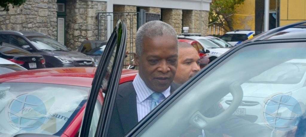 Director Banco Central Corsou y St Maarten a haya vrijspraak!