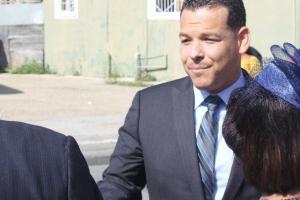 Rapport entrega na OM ta pa investiga asunto di tereno