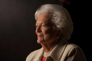 Ex prome dama Barbara Bush ta fayece na edad di 92 aña