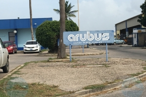 Romero: Arubus tin apenas 14 bus (di total 43) trahando