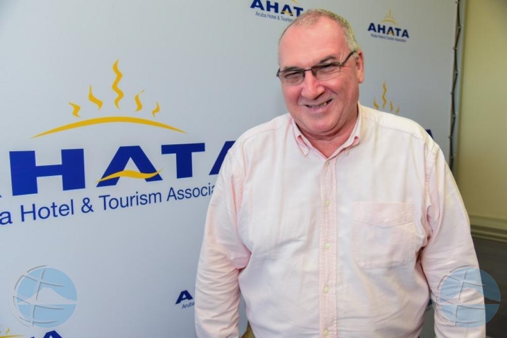 CEO saliente di AHATA Jim Hepple ta keda traha na Aruba