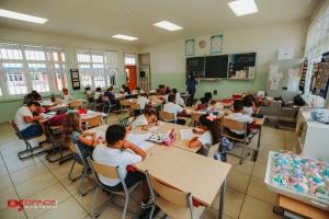 Office Systems Aruba orguyoso di a muebla Prinses Amalia Basisschool