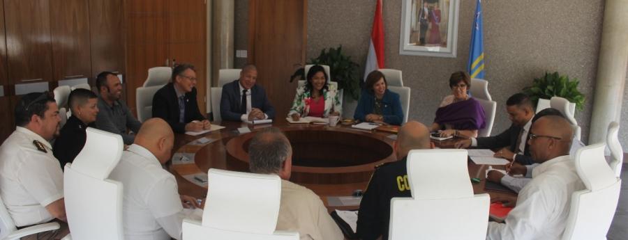 Wever: Delegacion ta bay Venezuela riba tema di habri frontera
