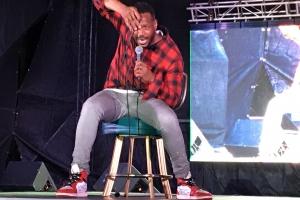 Marlon Wayans y otronan a briya durante Comedy Night di SBMF