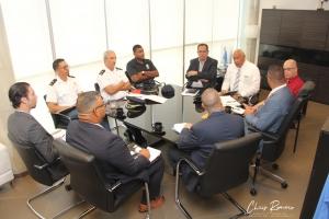 Plataforma di DTP y polis lo combati taxi piratanan