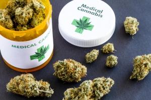 Inspeccion di Salud na Corsou pro legalizacion cannabis medicinal