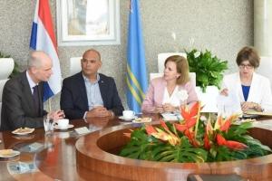 Wever: Gobierno di Aruba no ta comparti expresion di minister Blok