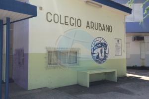 No tin maestronan disgusta na Colegio Arubano segun SMOA