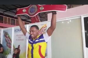 Campeon di Kick Boxing Panamericano, David Lee Winklaar a bolbe Bonaire awe