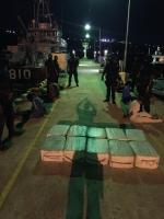 Warda Costa di Caribe a intercepta 'go fast' cu droga na Corsou