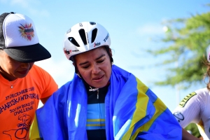 Shariska Winterdal a core 500 km riba bicicleta rond di Aruba