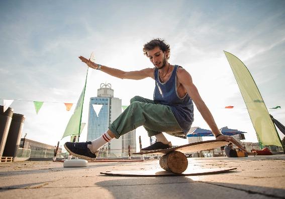 Mejore su equilibrio y evite las fracturas de cadera