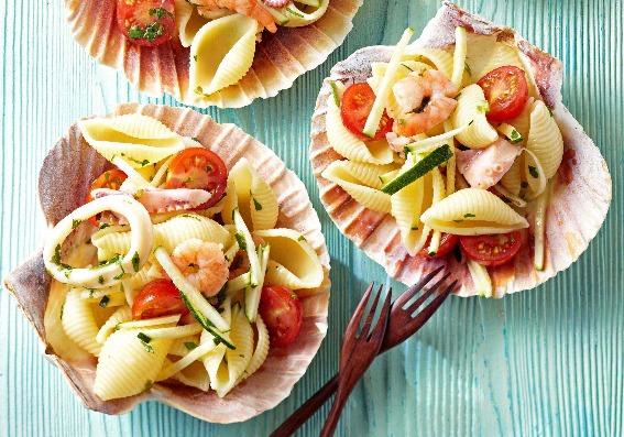 Cocina en 20 minutos: 3 ensaladas con pasta ideales para el verano