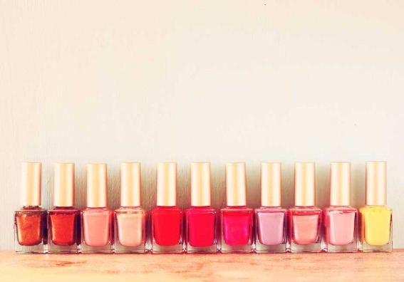 Otros usos del esmalte de uñas que seguro lo sorprenden