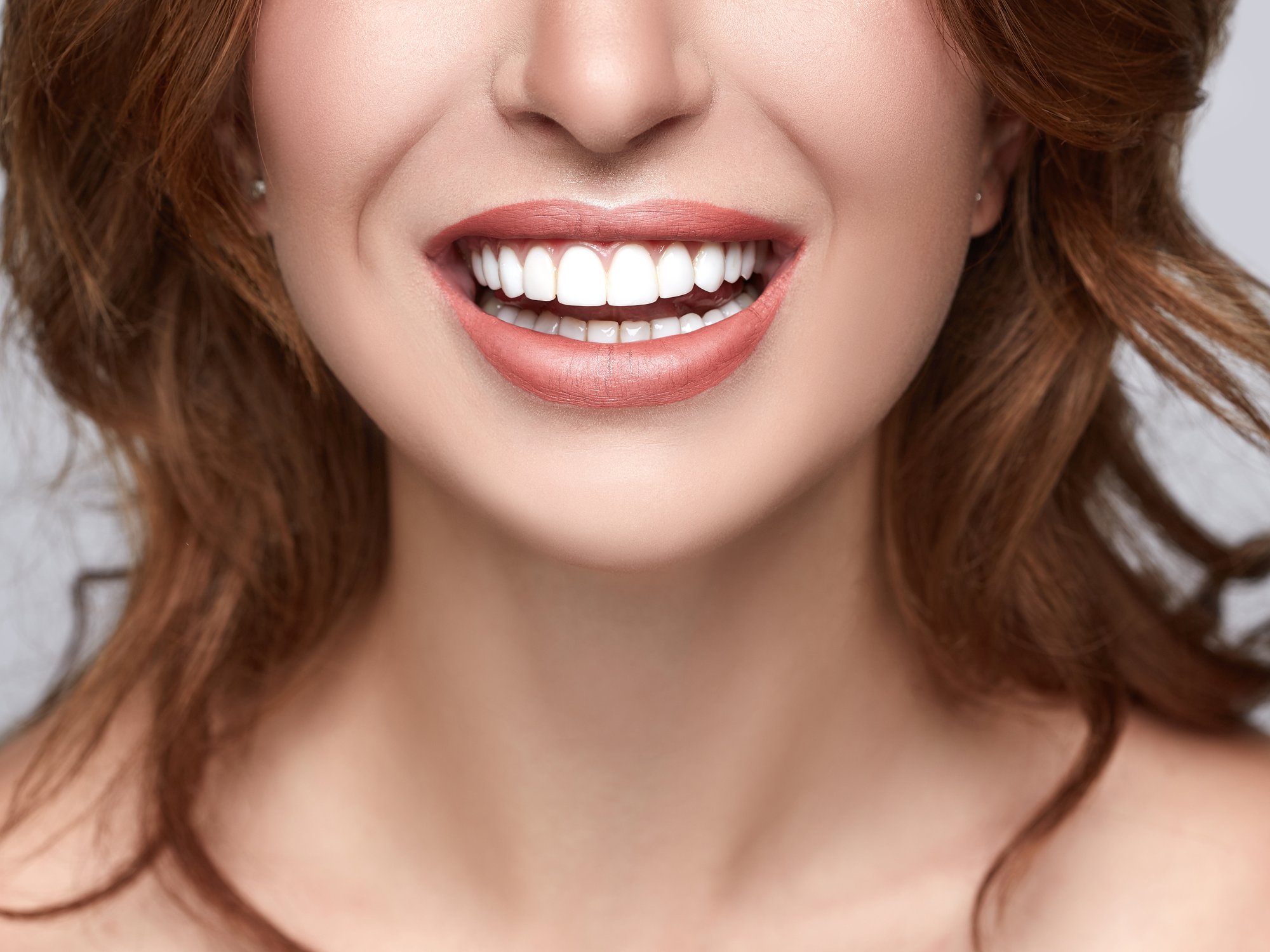 Lumineers vs. Porcelain Veneers: Which Is Right for You?