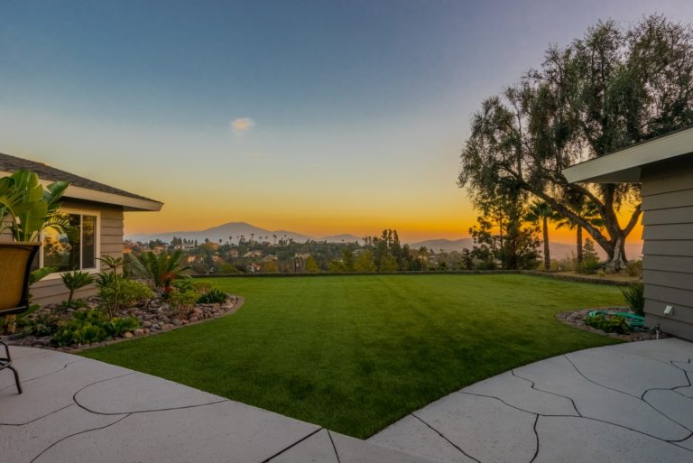 Ranch Style Estate with Panoramic Views in Mount Helix!