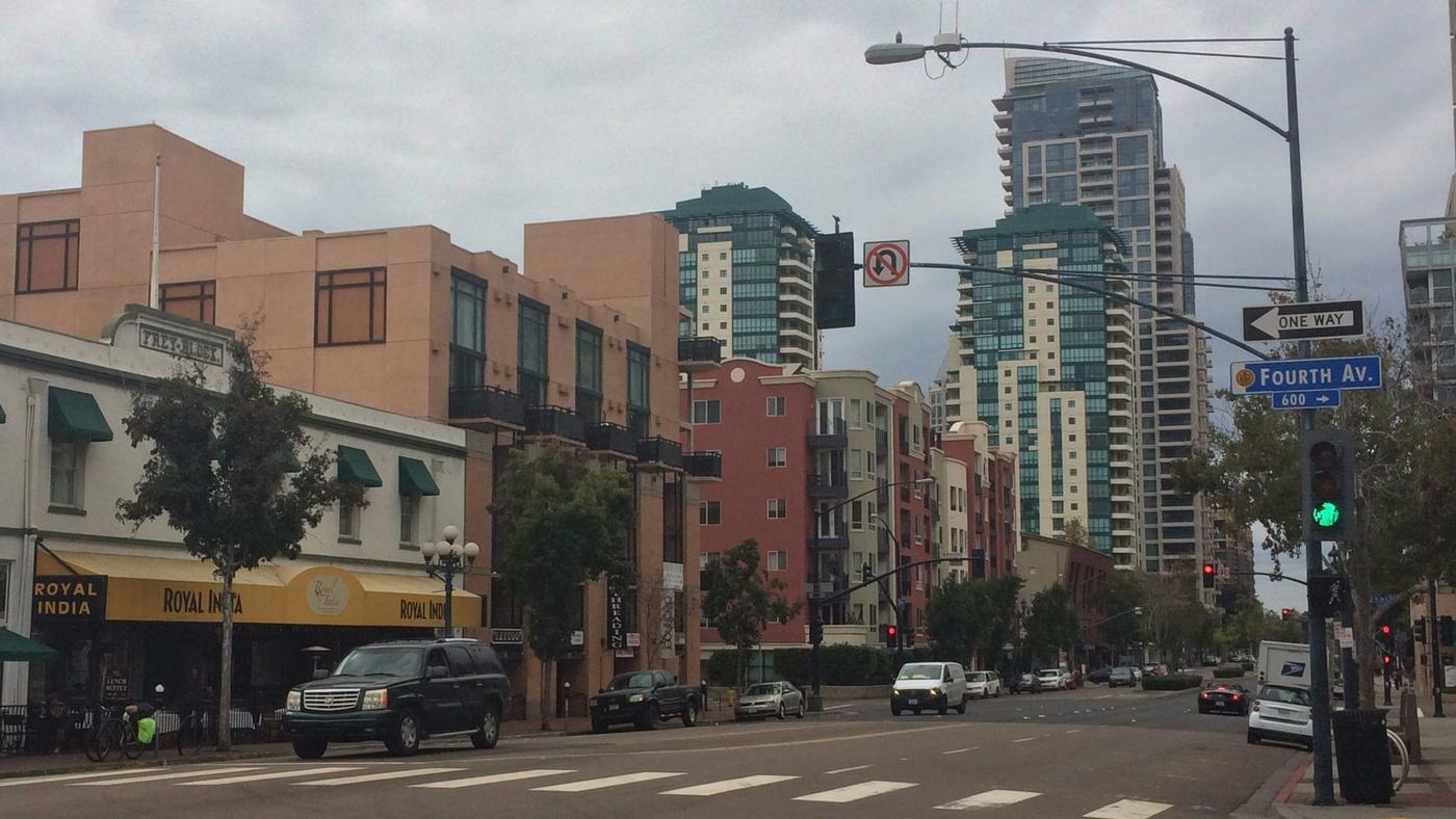 San Diego's Median Home Price Falls