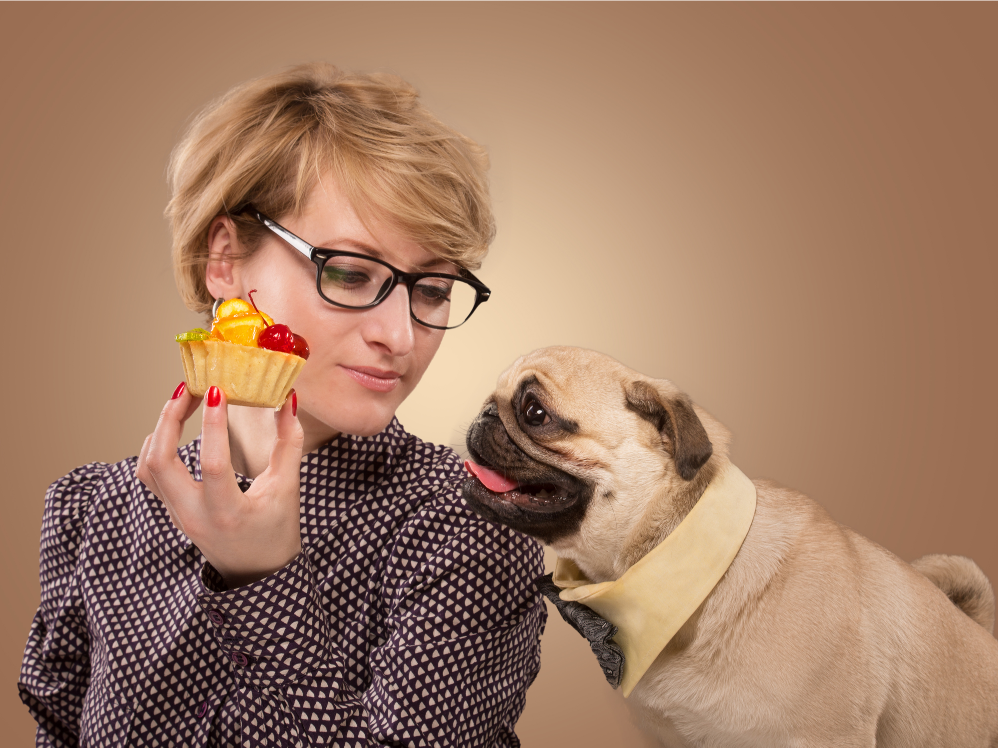 What people food should you not give your pet to avoid a pet emergency?