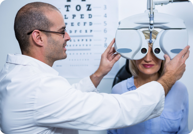 Women Check-up her eyes