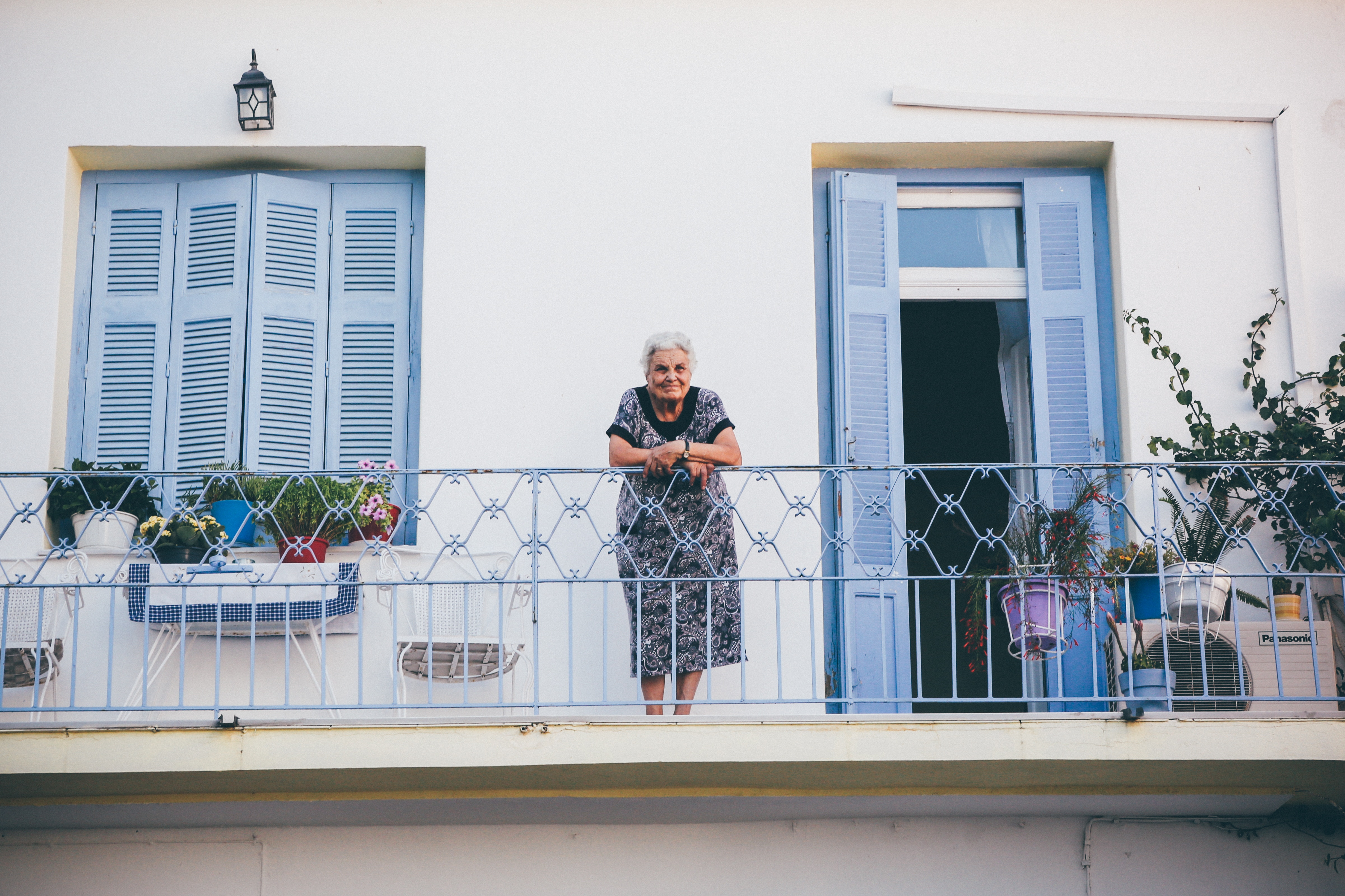 retirement housing fixing big problems with tiny solutions real